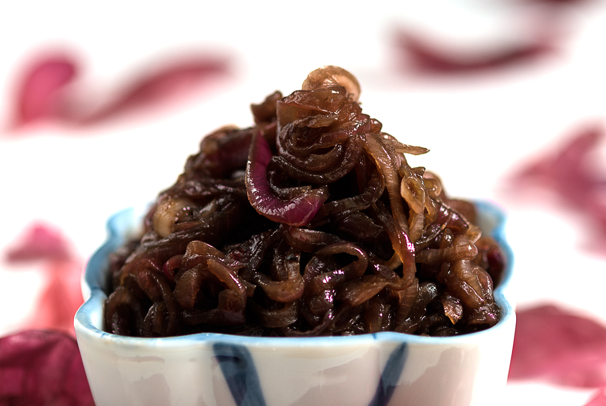 Caramelized-Balsamic-Red-Onions