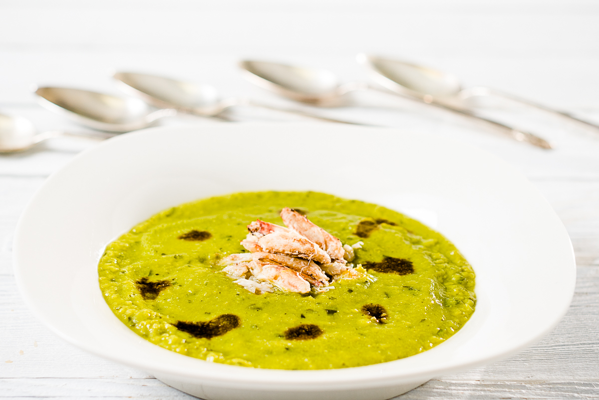 Split-Pea-Soup-with-crabmeat-balsmic-drizzle