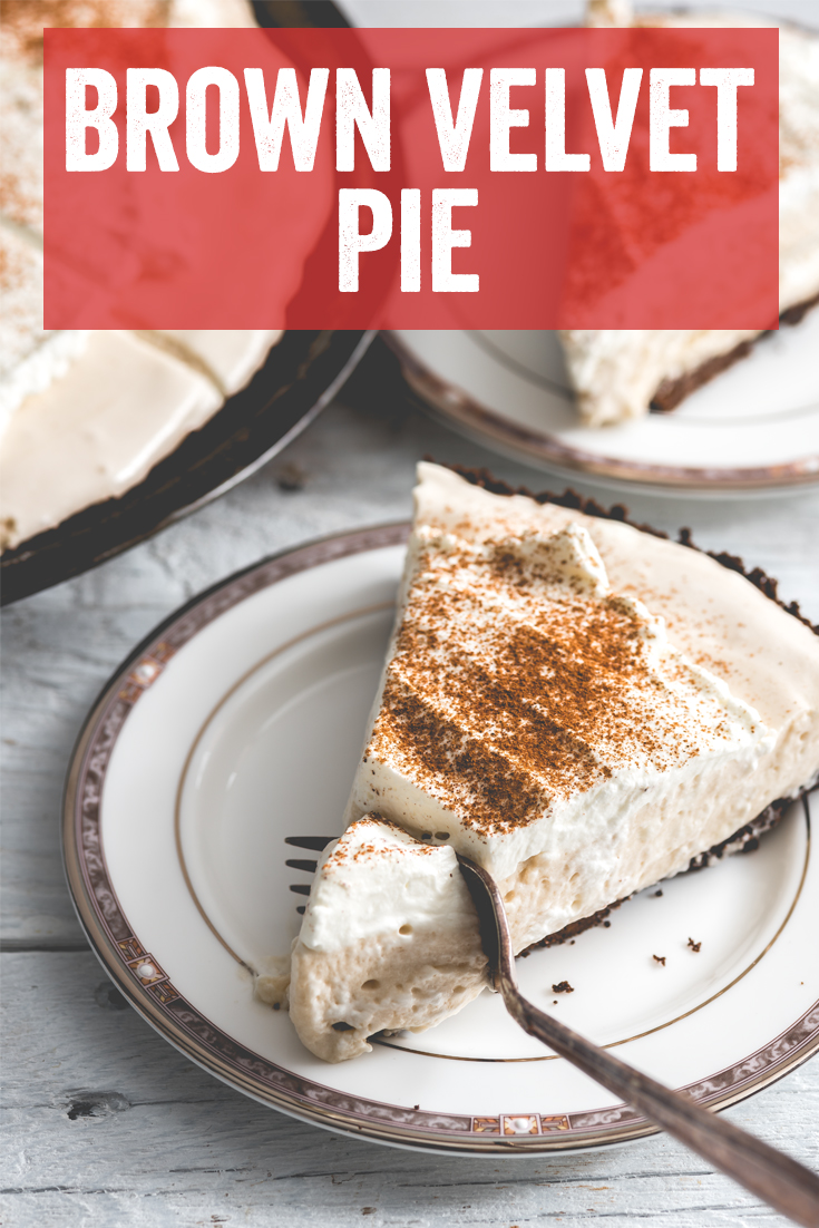 #ThanksgivingPie #Piday #CordialPie #CreamPie #PieRecipe #EasyPie #EasyPieRecipes #ChocolatePie #WinterPie #ChristmasPie Cream Pie, Pi Day, Boozy Pie, Cordial Pie, Pie Recipe, Winter Pie, Christmas pie, Thanksgiving Pie, Creamy Chocolate Pie